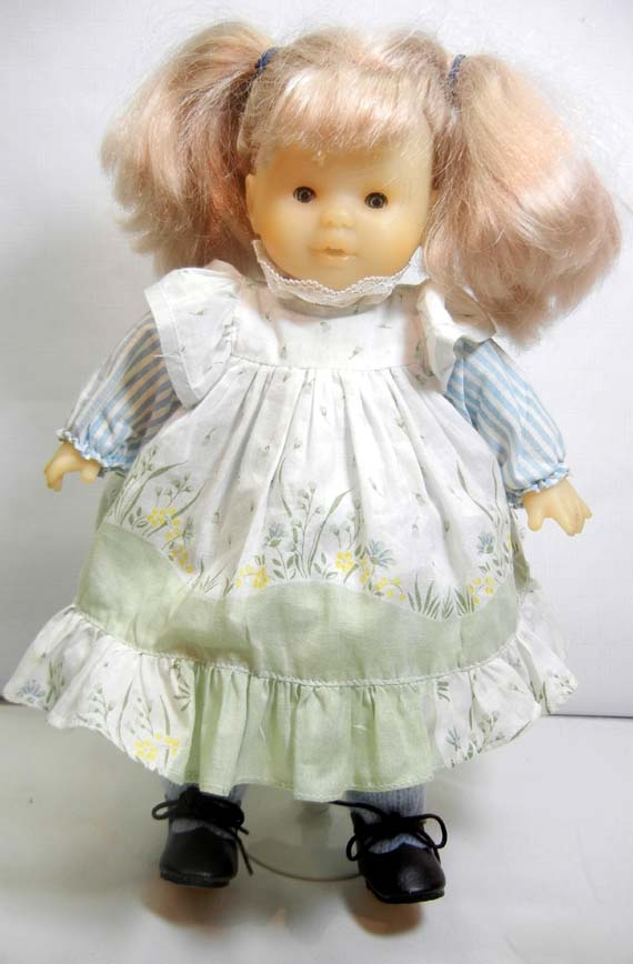 Corelle Doll, 1988