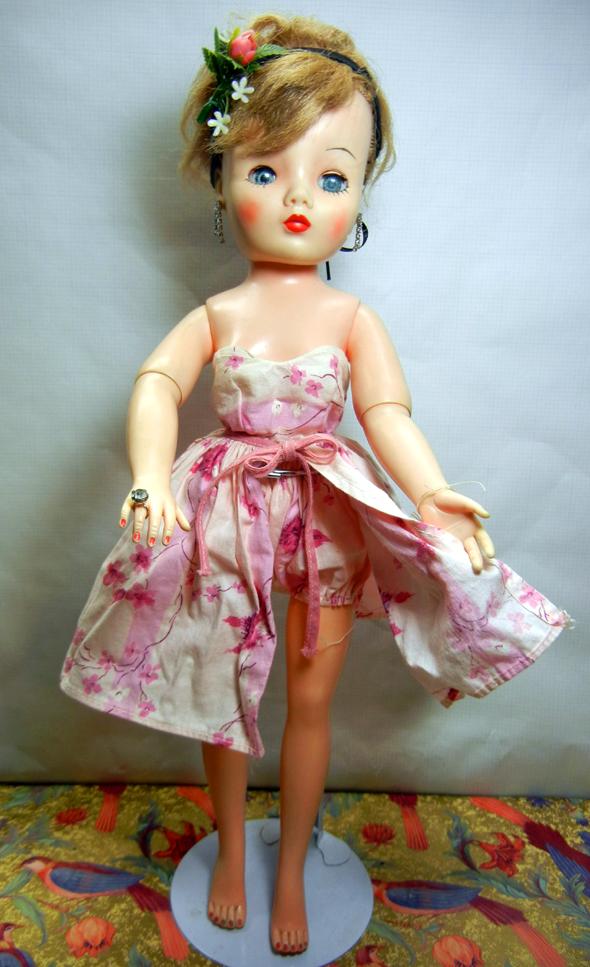 Horsman Glamour Doll
