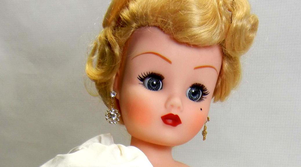 Royal Reception Doll